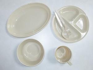 食器セット(有料)